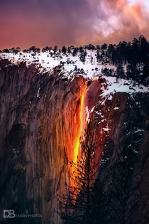 Molten Water - under perfect conditions each year water can turn to molten rock okay I am lying Its the Horsetail Falls Firefall event at Yosemite again  - IG BersonPhotos