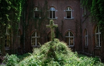 Monastere Antoinette - An abandoned monastery in Belgium I visited in May