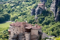 Monasteries of Meteora Greece The architecture of these monasteries arose from the security required to keep the sacred texts safe from the invading ottomans Pervhed high upon these rocks the monasteries became defended fortresses preserving the GreekRoma