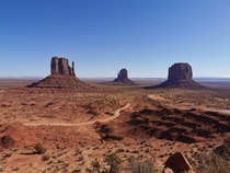 Monument Valley UT USA x