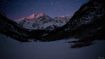 Moonrise Alpenglow and a sky full of stars at the Maroon Bells in Colorado
