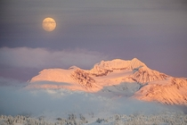 Moonrise and alpenglow over the Coast Mountain Range BC Canada OC - x