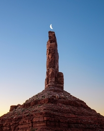 Moonrise in Valley of the Gods