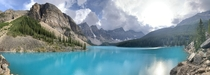 Moraine Lake Banff Alberta Canada - Everyone complaining of the same view   x