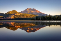 Morning reflection at Sparks Lake