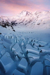 Mount Cook and the Tasman glacier New Zealand OC x williampatino_photography