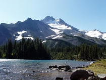 Mount Jefferson seen from Scout Lake