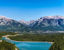 Mountain view of Canmore Alberta in the summer