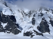Mountainside Impacted Glacial Pocket Antarctic Coastline Antarctic Peninsula