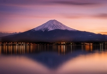 Mt Fuji from Lake Kawaguchi  photo by Gonripsi Mobsono