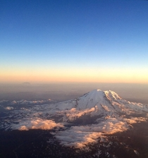 Mt Rainier from up high