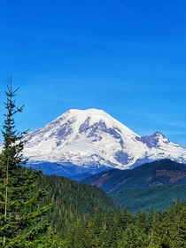Mt Rainier from US- West of White Pass WA