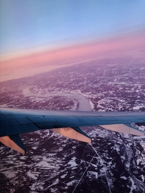 My early morning flight from lesund to Oslo  IGninet