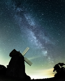 My first time capturing the Milkyway at Tysoe Windmill Warwickshire UK