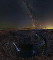 My last chance to photograph the Milky Way core this season Palouse St Park in eastern Washington
