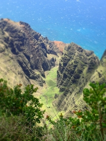 Na Pali Coast from cathedrals above Kawaii   x