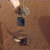 NASA Mars InSight lander pushing on the mole to enable the heat probe to take Mars temperature