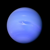 Neptune and its Great Dark Spot as seen by Voyager  in