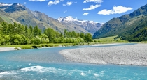 New Zealand - Mount Aspiring National Park  by lorainetal