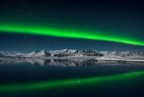 Northern Lights over Jokulsarlon Iceland by Giles Rocholl UK