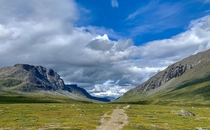 Nothing beats a warm summer day in Swedish Lapland On the Kungsleden between Kaitumjaure and Singi OC