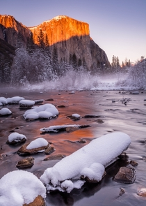 Nothing is more beautiful than winter in Yosemite CA
