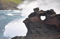 Noticed this tiny arch near the Nakalele Blowhole on Maui HI Happy Valentines Day    OC