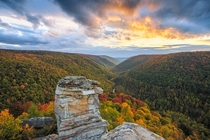 Now that winter seems to have arrived here is something a bit warmer from this fall Lindy Point WV