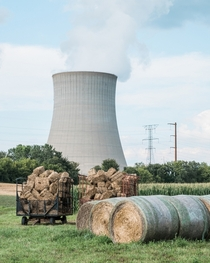 Nuclear Cooling Tower near Byron Illinois  paulfrederiksen