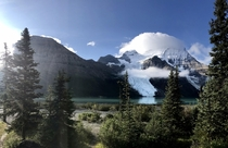 OC A glacial lake that far surpasses Lake Moraine in my opinion Located in the stunning Mount Robson Provincial Park BC