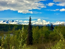OC South viewing point of the largest peak in North America Mt McKinley Denali Mountain Range Alaska x