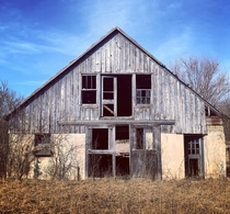 Old barn northeastern Illinois