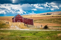 Old barn outside Bozeman Montana  x