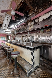 Old Decaying Roadside Diner video in comments