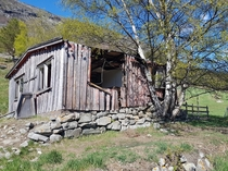 Old farmhouse in Lom Norway With only  acres of farmland this small farm sustained up to  people The last habitants left in  and many of their belongings were still left in the barn