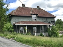 Old neglected home in Radford VA