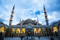On a recent trip to Turkey I snapped this shot of Sultan Ahmed Mosque The Blue Mosque - Sedefkr Mehmed Aa