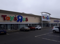 One of many closed ToysR Us stores