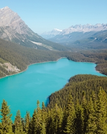 One of the many turquoise lakes Banff Canada