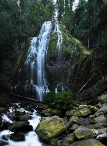 One of the more popular waterfalls in the Sisters area in Oregon Lower Proxy Falls