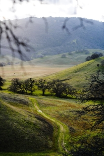 One of the smaller parks ive been too but still as lovely Round Valley Regional Preserve CA