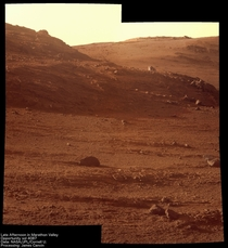 Opportunity Rover photographs a beautiful day on Mars