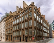 Oriel Chambers Liverpool UK Designed by Peter Ellis and built in  it is the worlds first building featuring a metal framed glass curtain wall