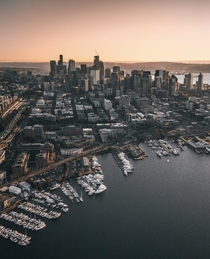 Overlooking Seattle from a helicopter Canon D Mark II at mm