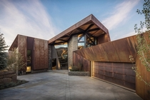 Owl Creek by Skylab Architecture