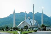 Pakistans biggest mosque located at the capital Islamabad