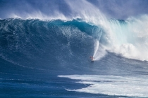 Peahi Jaws Hawaii Photo by Mike Neal
