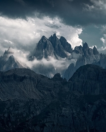 Peaks of the Dolomites  holysht