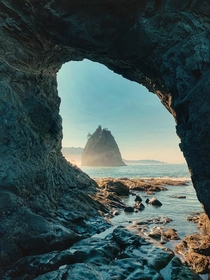 Peeking through the window Hole in the wall Olympic National Park x