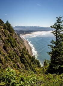 Peering down the Oregon coast from Neah Kah Nie Mountain